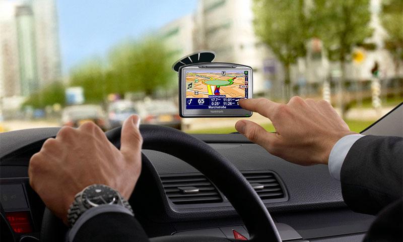 navigator avtomobilnyj kakoj luchshe vybrat