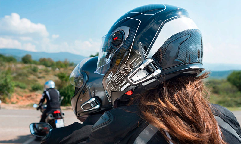 7 luchshih peregovornyh ustrojstv dlja motociklistov